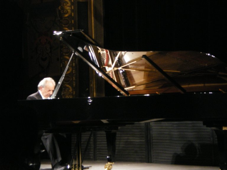 Paul Badura-Skoda performing a tribute recital
